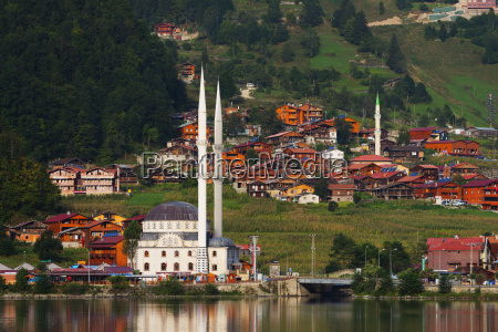 lakeside mosque uzungol alpine resort black