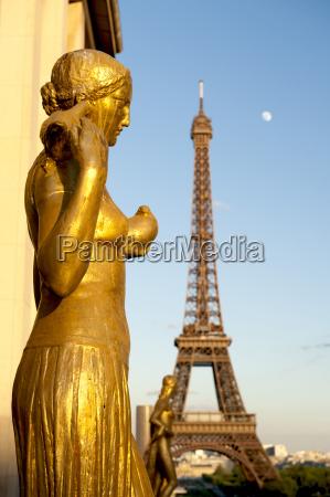 turm architektonisch denkmal monument farbe statue