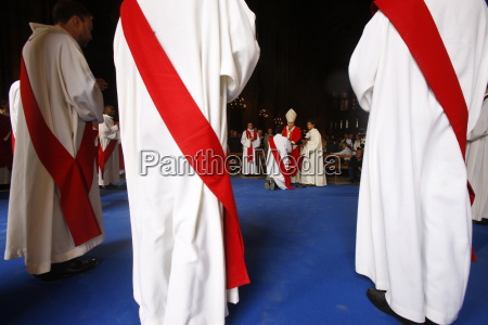 priest ordinations in notre dame cathedral