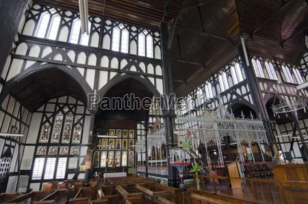 religioes glaeubig holz dom kathedrale horizontal