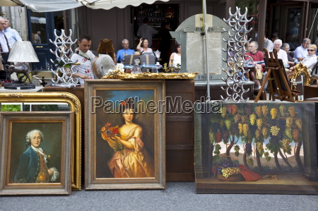 flea market rue mouffetard paris france