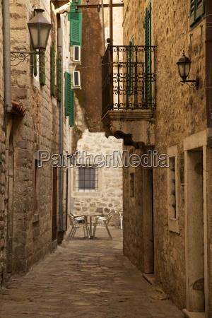 narrow street old town kotor unesco