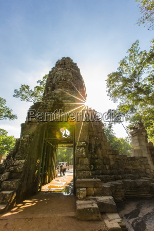 west gate at ta prohm temple