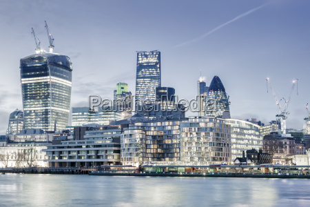 city of london skyline showing the