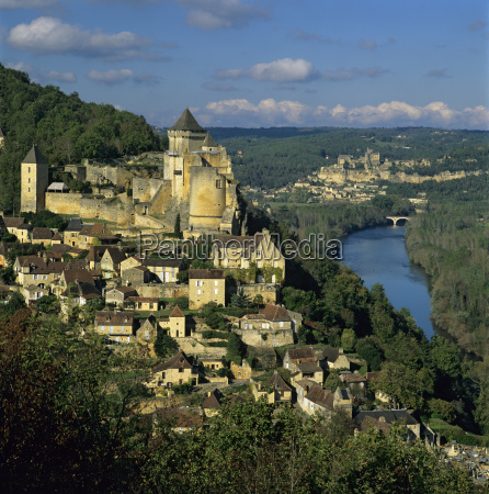 chateau de castelnaud and view over