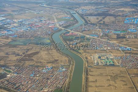 luftbilder der landschaften und staedte um