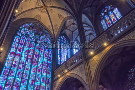 stained glass windows saint nicholas chapel