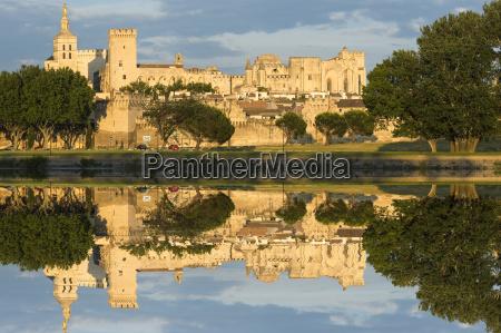 palais des papes unesco world heritage