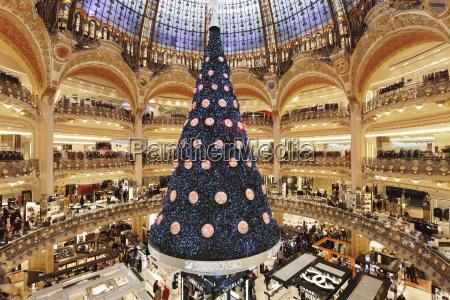 galeries, lafayette, in, der, weihnachtszeit, paris, ile, de - 20848781
