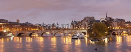 pont neuf bridge and ile de