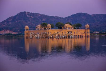 jal mahal floating lake palace jaipur