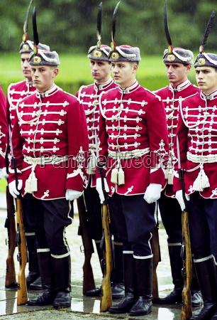 fahrt reisen farbe soldat soldaten senkrecht