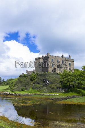 ancient highland fortress dunvegan castle the