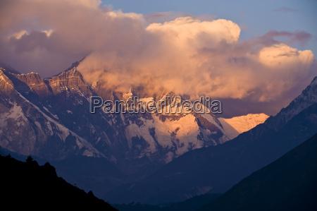 khumbu everest region nepal himalayas asia