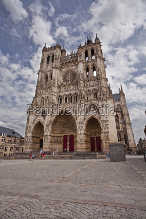 the west front of notre dame