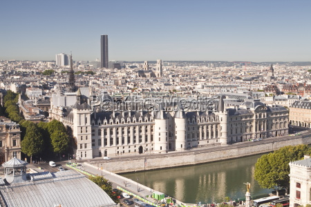 looking down on the conciergerie in