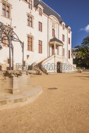 the chateau des ducs de bretagne