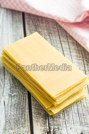 raw lasagne sheets