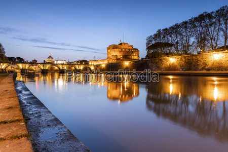 dusk on the ancient palace of