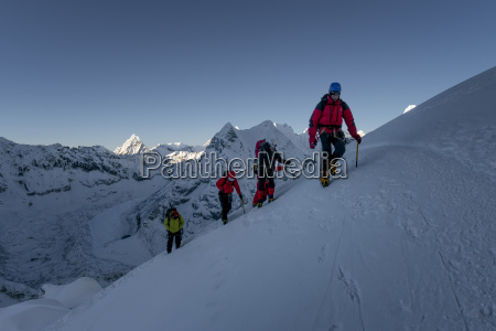 nepal khumbu everest region mountaineers on