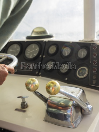 karibik martinique motorsteuerung auf einer segelyacht
