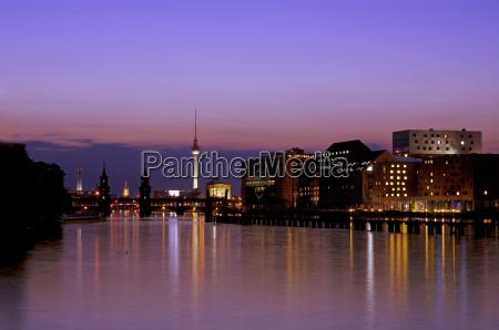 deutschland berlin blick auf die skyline