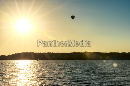 polen masuren gefangener ballon ueber see