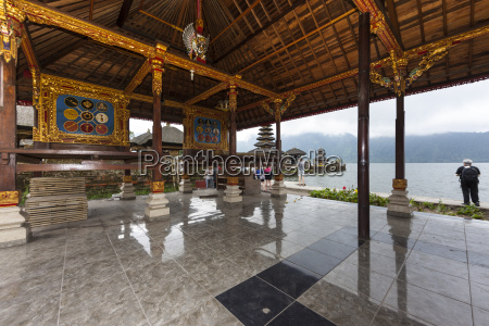 indonesia temple pura ulun danu bratan