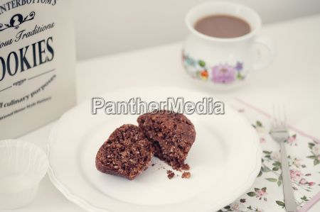 vegan muffins with chocolate and nuts
