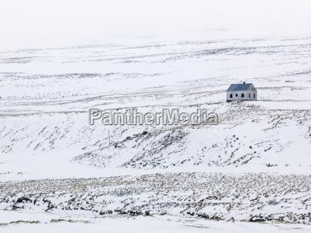haus gebaeude fahrt reisen winter kalt