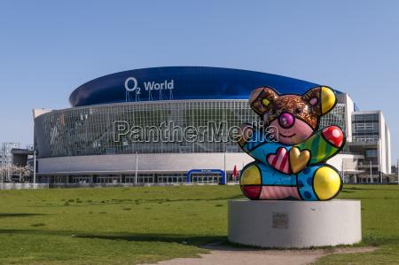 germany berlin colorful bear sculpture in