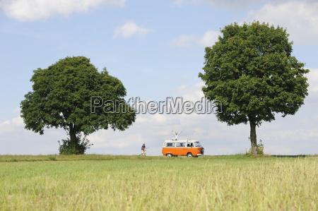deutschland bayern ansicht der landschaft mann