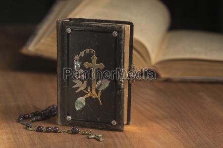 schreiben schreibend schreibt religion holz antik