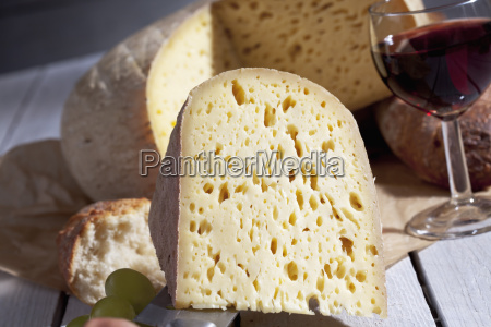 french bethmale cheese grapes baguette and