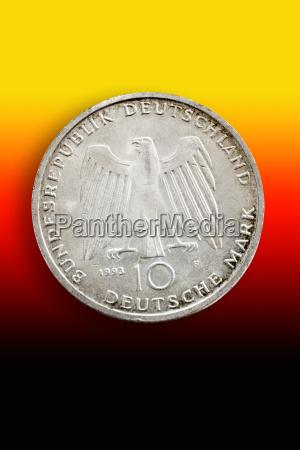 altdeutsche gedenkmuenze vor nationalfarben