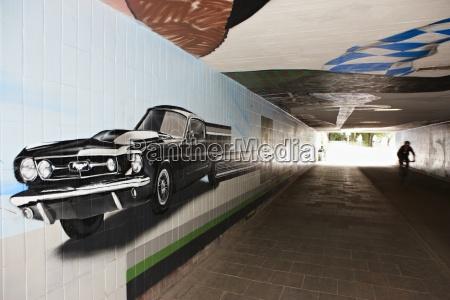 deutschland bayern muenchen graffiti in der
