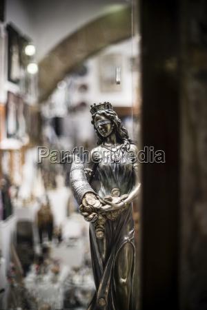 fahrt reisen zahlungsmittel statue skulptur griechenland