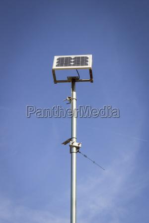 spanien formentera solarzellen vor dem himmel