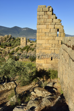 paseo viaje antiguo pared al aire