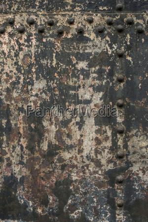 farbflaktes aus alter metallwand