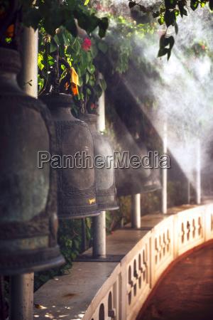 historisch geschichtlich religion tempel verzierung metall