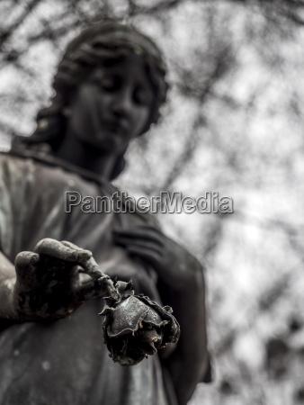 religion tod statue skulptur verlust trauer