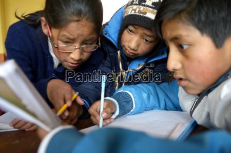 bolivia el alto pupils working in
