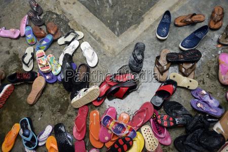 indonesien aceh gampong nusa schuhe im