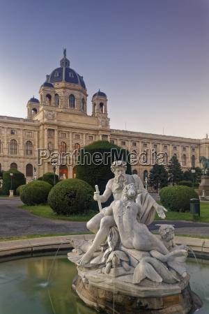 historisch geschichtlich kunst park statue wien