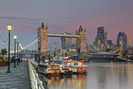 uk london river thames and tower