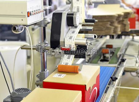 deutschland lebensmittelindustrie kennzeichnung von boxen fuer