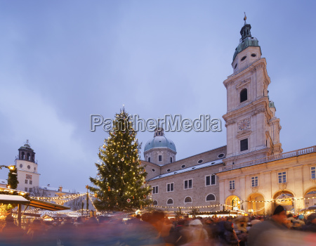 austria salzburg christmas market and cathedral