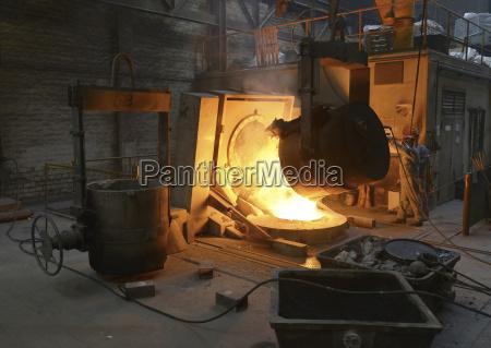 deslagging at blast furnace in a