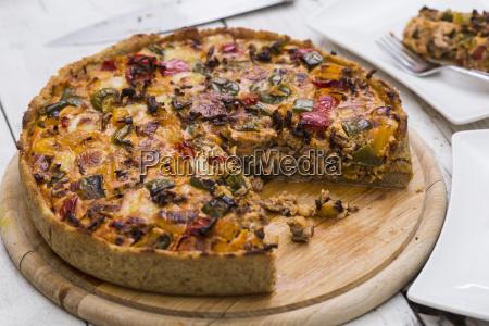 mincemeat quiche mit zwiebeln und paprika